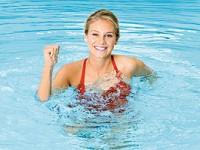 Упражнения в воде для похудения
