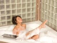 Упражнения для похудения в ванной