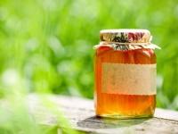 Мед акации — польза и вред
