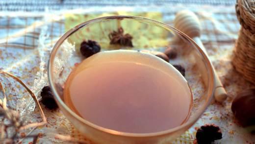 Полезные свойства дягилевого меда