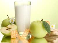 Разгрузочный день на кефире и яблоках