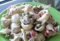 Оригинальный салат из тунца с макаронами
