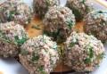 Пикантные сырно-мясные шарики