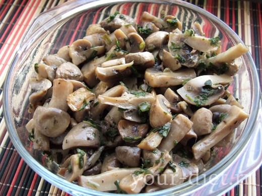 Выложить грибы в форму