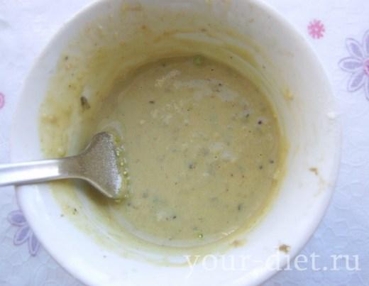 Снимаем соус с плиты