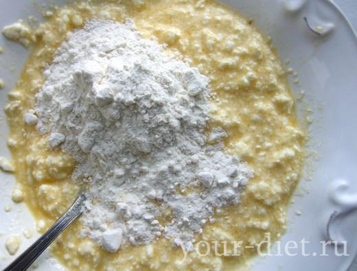 Добавляем соевый белок в яйца