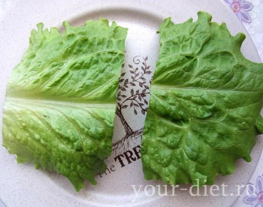 Накрываем бутерброды салатным листом