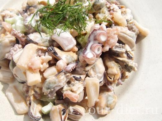 Морской салат готов