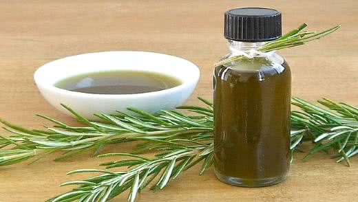 Семга в сливках с шафраном и розмарином – кулинарный рецепт