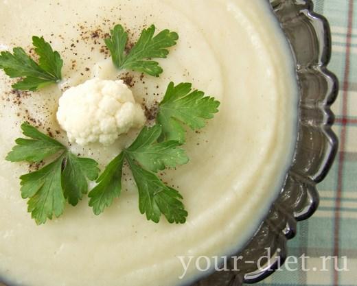 Крем-суп из цветной капусты с горгонзолой, копченым миндалем и медом алоэ, пошаговый рецепт с фото